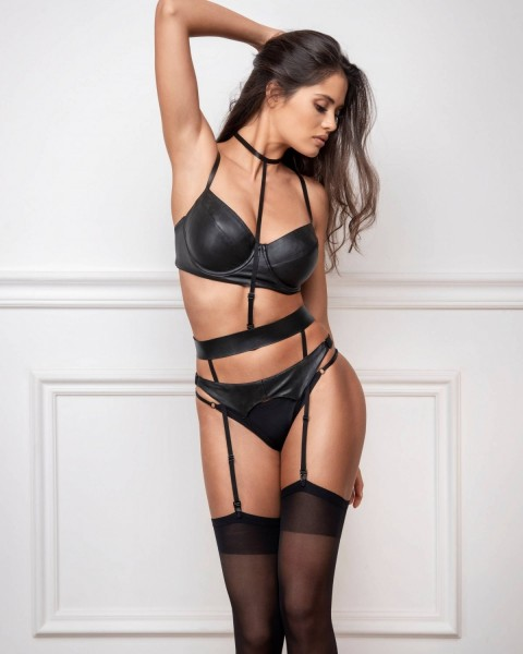 Charlotte body harness
